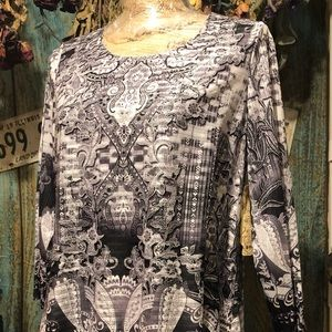 """One World"" Woman's Tunic size Small, New"
